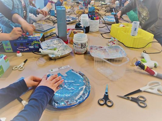 FRICKELclub_Kinder_Geburtstag_Ufos_Roboter_Aliens_Recycling_DIY_Basteln_ (2)