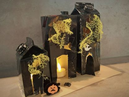 FRICKELclub_Halloween_Recycling_Basteln_Kinder_Tetra Pak_Geisterstadt_Windlicht (4)