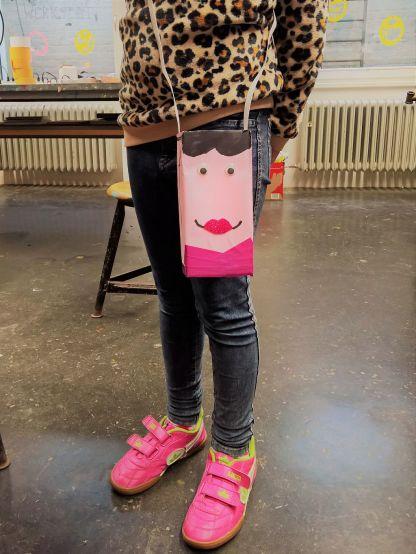 Gruneliusschule_Frankfurt_externe AG_FRICKELclub_Halloween_Recycling_Basteln (25)