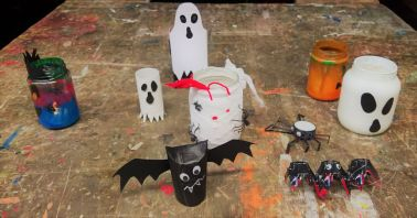 Gruneliusschule_Frankfurt_externe AG_FRICKELclub_Halloween_Recycling_Basteln (7)