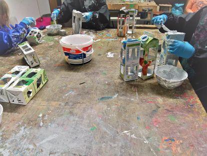 FRICKELclub_Upcycling_Tetra Pak Beton Stadt (18)