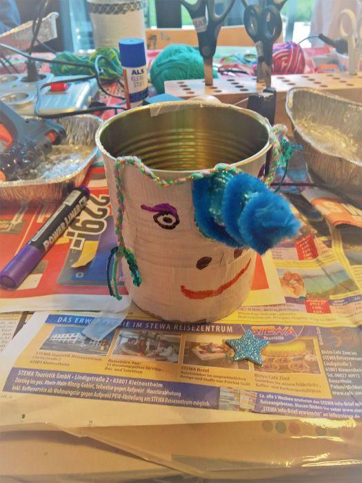 FRICKELclub_Recycling_Geburtstagsbasteln_Kinder_Stiftehalter (19)