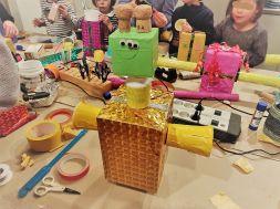 FRICKELclub_Recycling_Geburtstagsbasteln_Roboter (8)