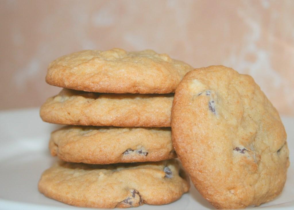 Amish Friendship Bread Chocolate Chip Cookies ♥ https://www.friendshipbreadkitchen.com
