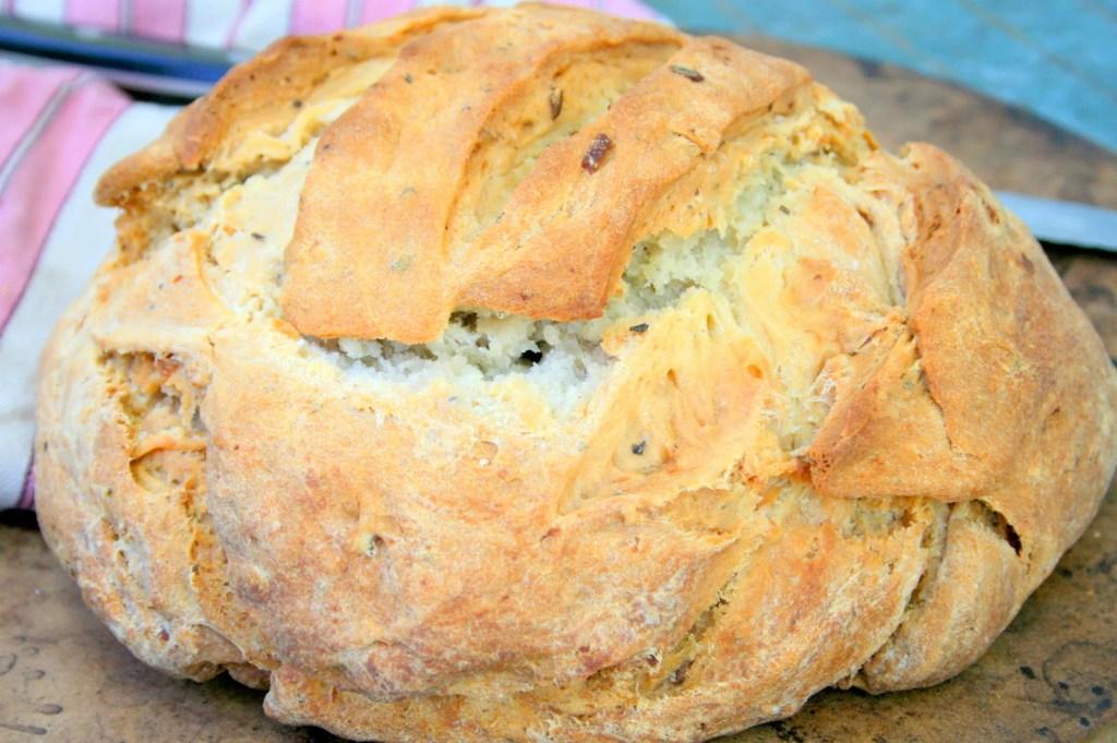 Rustic Potato Amish Friendship Bread ♥ friendshipbreadkitchen.com