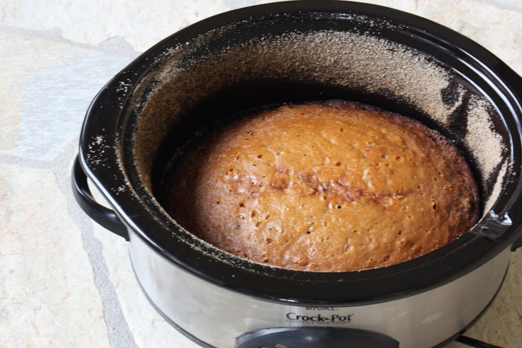 Crock Pot Slow Cooker Amish Friendship Bread ♥ friendshipbreadkitchen.com
