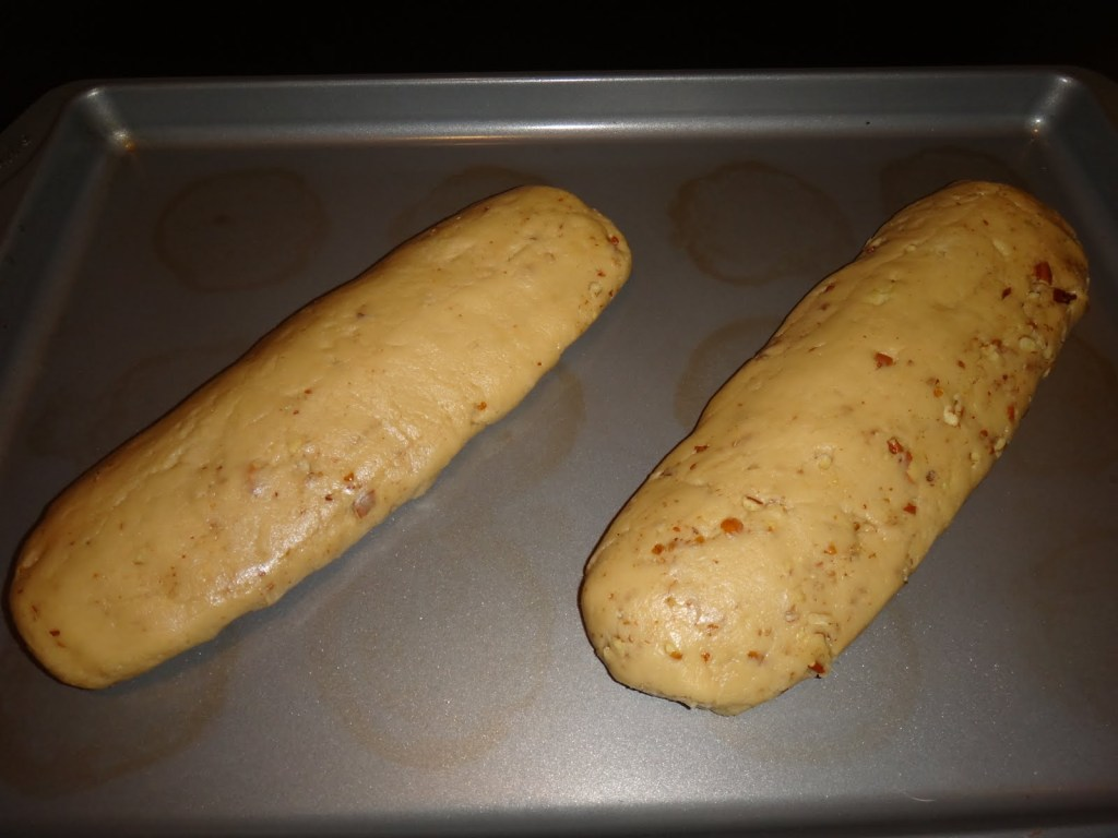 Maple Pecan Amish Friendship Bread Biscotti from Melika Nokaoi | friendshipbreadkitchen.com