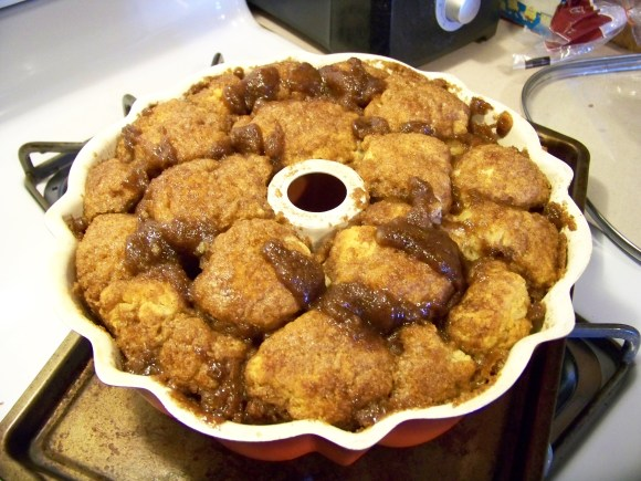 Amish Friendship Bread Monkey Bread Recipe ♥ friendshipbreadkitchen.com