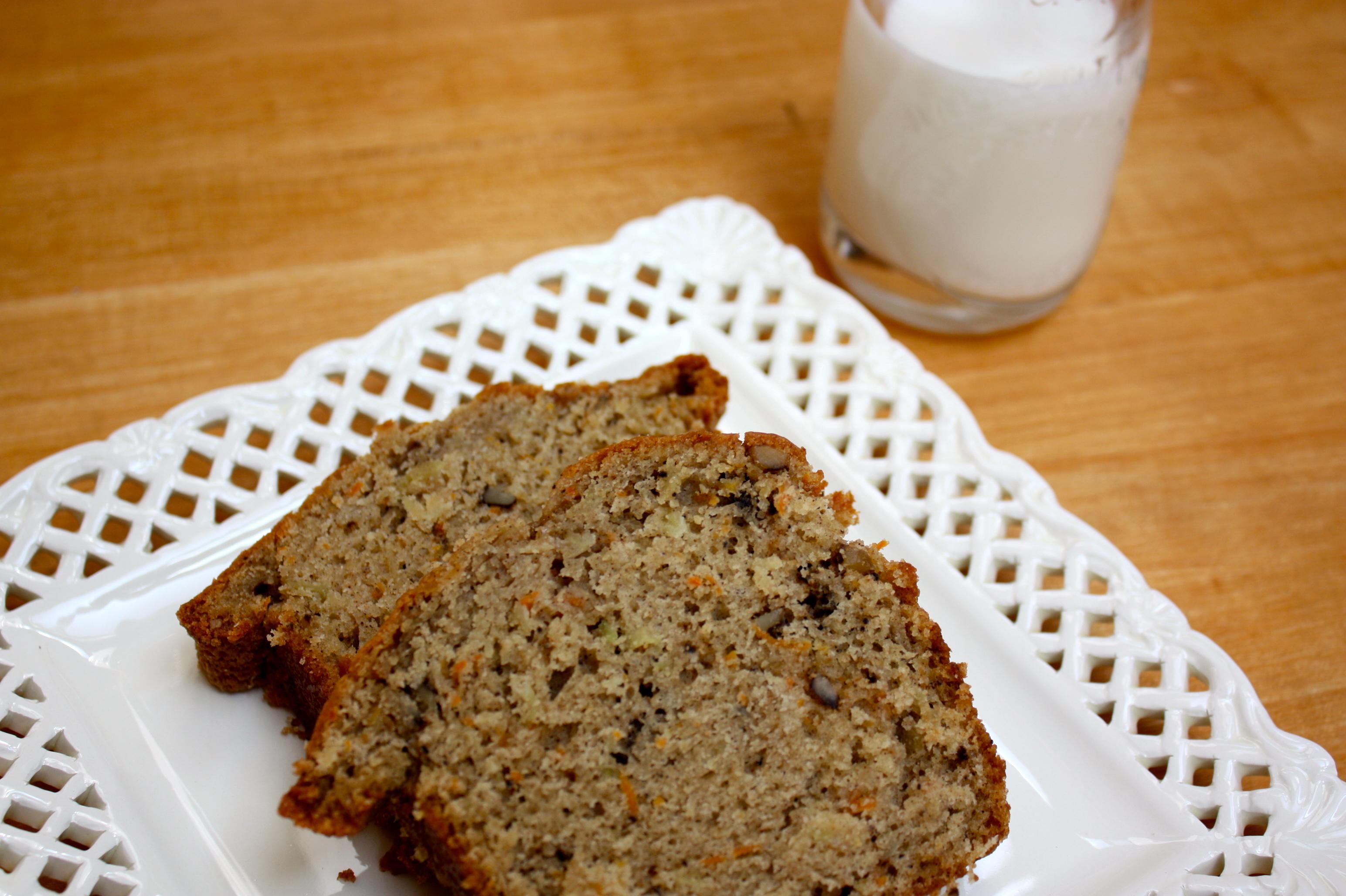 Zucchini Amish Friendship Bread | friendshipbreadkitchen.com