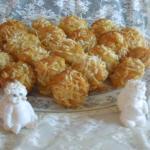 Pineapple Coconut Cheesecake Amish Friendship Bread Mini Muffins