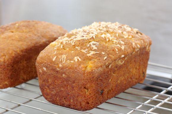 Morning Glory Amish Friendship Bread | www.friendshipbreadkitchen.com