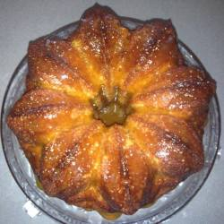 Salted Caramel Amish Friendship Bread Bundt Cake