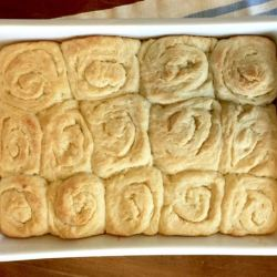 Amish Friendship Bread Buttery Buns ♥ friendshipbreadkitchen.com