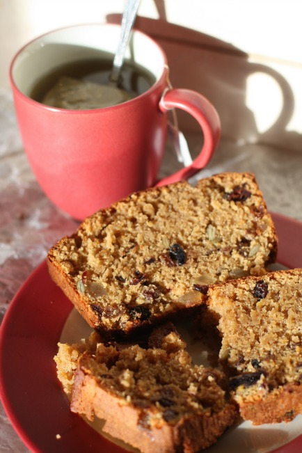 Amish Friendship Bread Fruitcake by Tammy Basile of Basile Limeade ♥ friendshipbreadkitchen.com