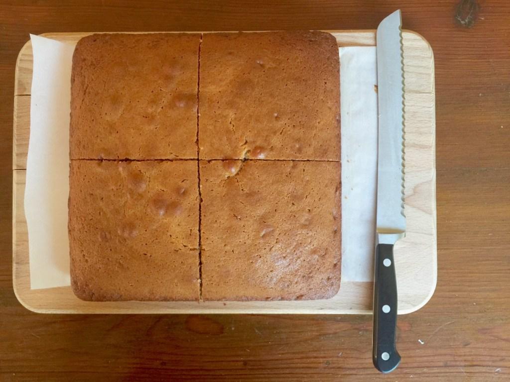Earl Grey Amish Friendship Bread Tea Cake | friendshipbreadkitchen.com