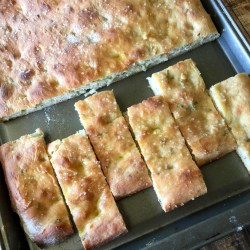 Amish Friendship Bread Focaccia | friendshipbreadkitchen.com