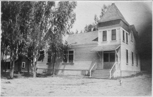 East Whittier Friends Church in the 1920's.
