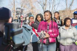 Minneapolis NAACP president Nekima Levy-Pounds speaks to the media at Plymouth and James Avenue North, the site of the Minneapolis police officer-involved shooting of Jamar Clark, November. 2015. (c) Tony Webster. WIkimedia Commons.