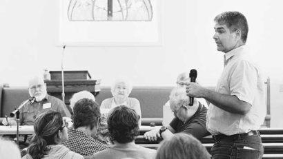 Rusty Friend of Hardin's Creek Friends Church in Leesburg, Ohio, speaks at Wilmington Yearly Meeting annual sessions in July. Photo © Dan Kasztelan, Friends United Meeting.