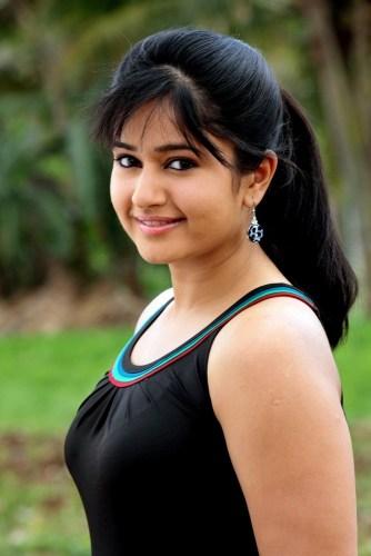 Poonam Bajwa (2)
