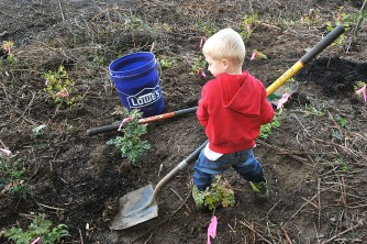 Little boy with shovel. Oct. 8th, 2013