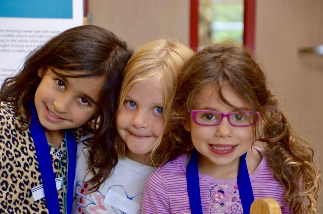 girls at boulder friends school