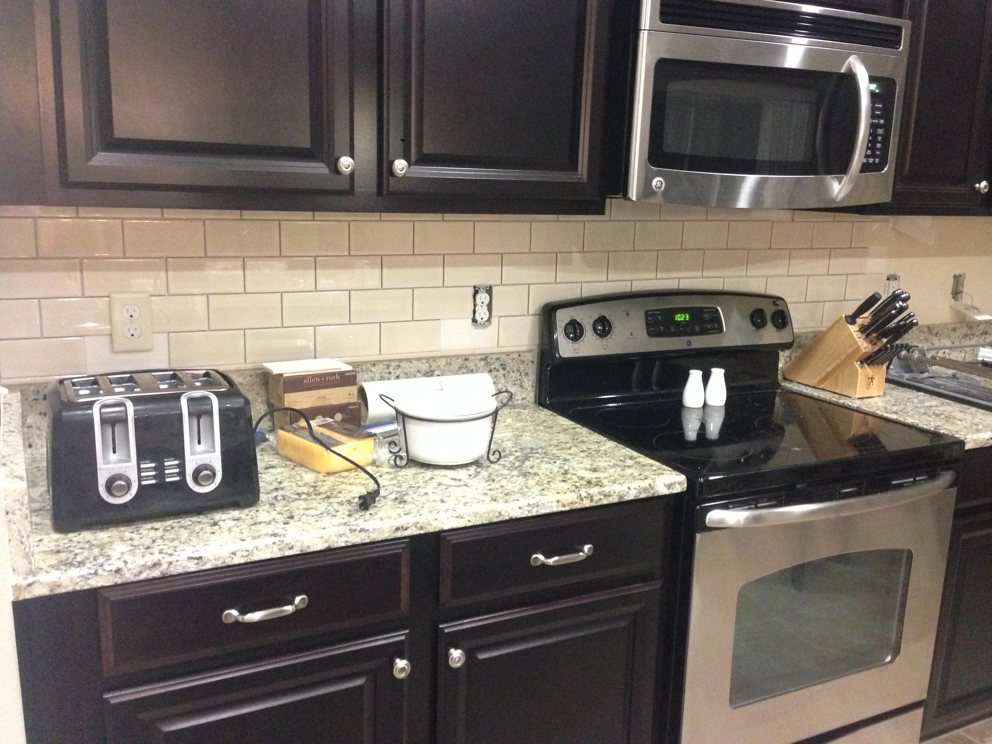 Diy Kitchen Backsplash Frills Amp Drills