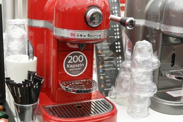 Ist die nicht toll??? Eine Kitchen Aid Nespresso Maschine *verliebt ich bin*