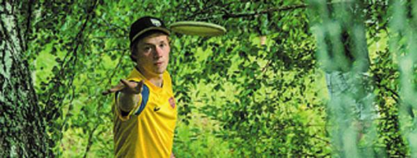 Simon Lizotte ist zum, sechsten Mal Deutscher Discgolf-Meister in der Open.