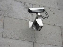 Überwachung (Foto: retrorebeldesign/Flickr)