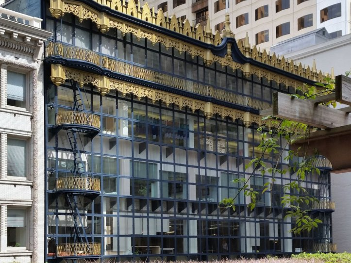 The Hallidie Building seen from Crocker Galleria Garden Terrace.