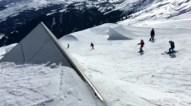 Shred 'till death ! @kbgh #frisek #frisekteam #snowboard #switzerland #laax #bail #scorpion #crapsetoignons #happysunday
