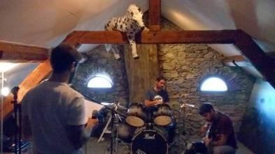 Sunday rock'n'roll ! #frisek #frisekband #rocknroll #vevey
