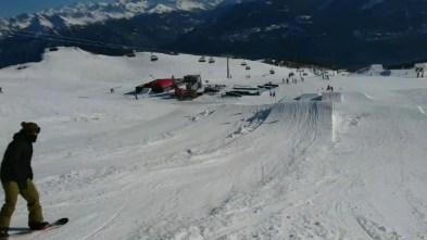Shred at @cmsnowpark Thanks guys 💪#frisek @christophesc @laurent5_4 🎥 @guillaumefsk #snowboard #cransmontana #cransmontanasnowpark #switzerland #shred #frisekteam #fun #jerry #slapthatass