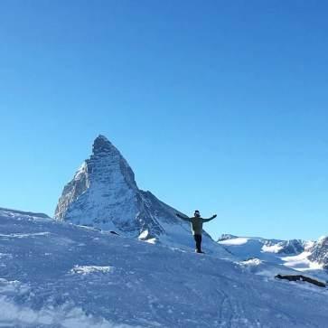 Horu worship #frisek #zermatt #matterhorn #horu @nemofsk 📷 @mitchfsk