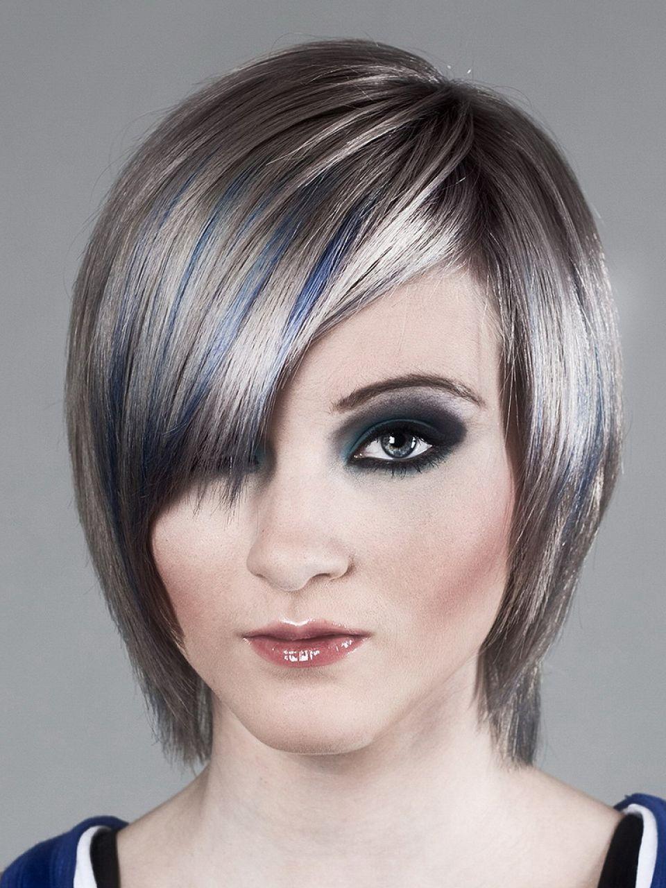 Graue Glatte Haare Damen