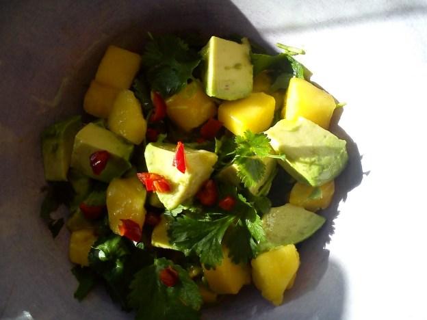 God mango och avokadosallad