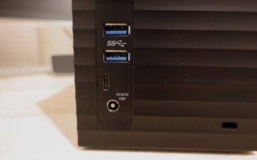 USB-C und 2x USB 3.0.