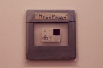 """Claes Oldenburg - """"Moon Museum"""" - 1969"""