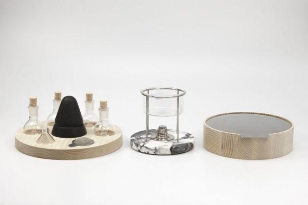 """Make make"", di Anna Gudmundsdottir. È un set di strumenti per produrre cosmetici a partire da pigmenti estratti da elementi naturali"