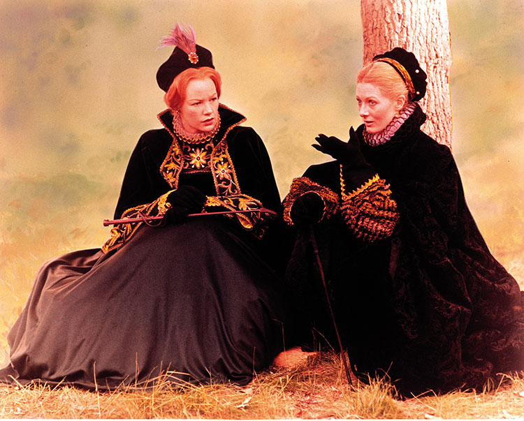 relationship between elizabeth and mary queen of scots