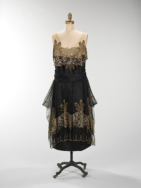 Evening dress, American, 1917, Metropolitan Museum of Art.