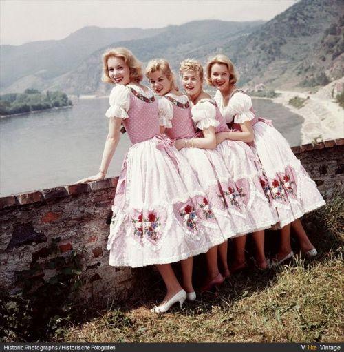 1950s dirndls