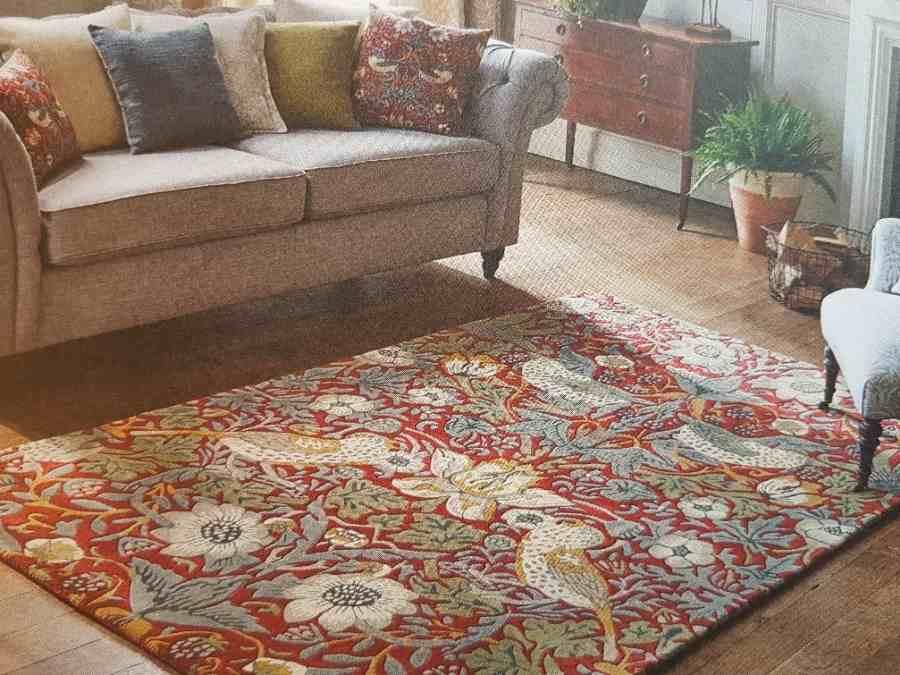 Ein Teppich im William Morris oder  Sanderson Design