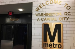 Photo of a sign welcoming patrons to the metro.