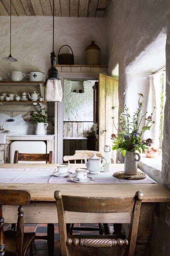 Modern Rustic decorating ideas - From Britain with Love on Rustic Farmhouse Kitchen  id=25966