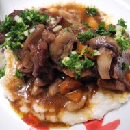 Daring Cooks Challenge: Braised Short Ribs with Grits