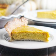 Pumpkin Pie and How to Roast a Pumpkin in Your Crockpot with Sugar-Free Option
