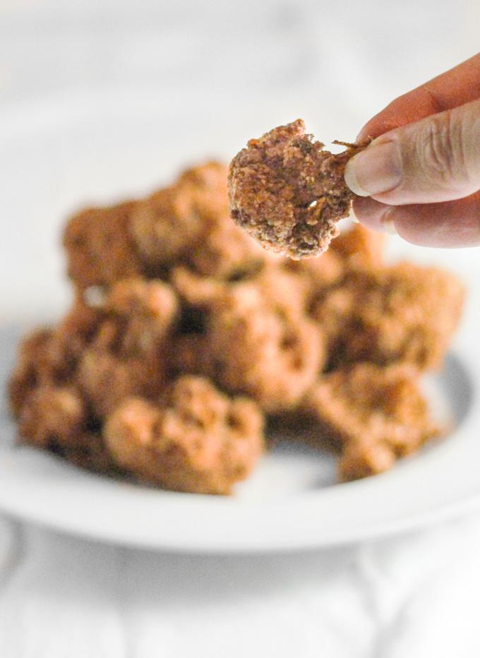 Almond Parmesan Cauliflower Bites