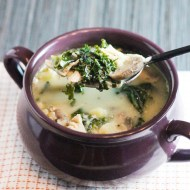 Healthy Creamy Chicken and Kale Soup
